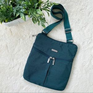 Baggallini teal blue green travel crossbody bag